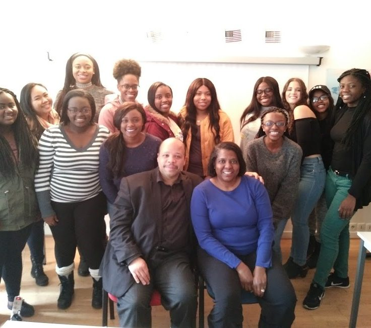 A picture of Dr. Sharon Austin and her students