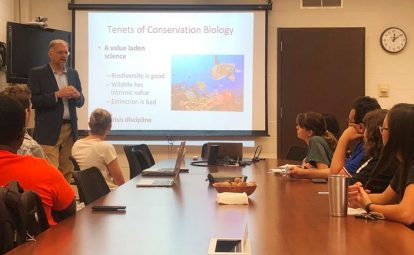 Dr. Rich Buchholz discusses careers in conservation at one of UF Biology's Food for Thought presentations.